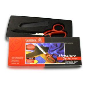 Left handed scissors for dressmaking